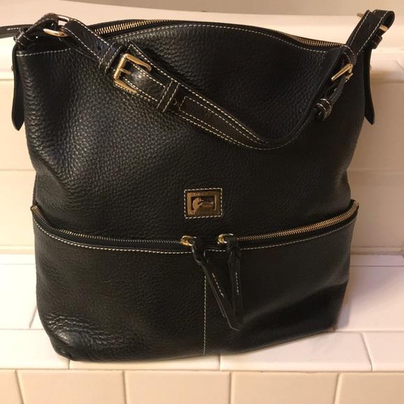 Dooney & Bourke Handbags - This is a beautifull handbag !!!